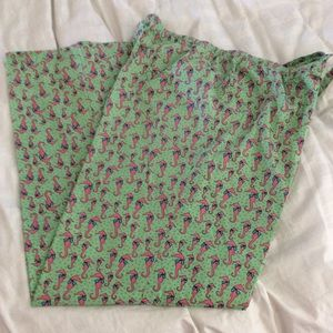 Vineyard Vines lounge pants, size large